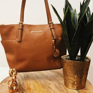 Michael Kors Jet Set Travel Brown Tote 👜